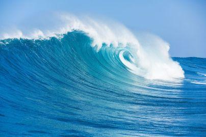 18291062 - blue ocean wave